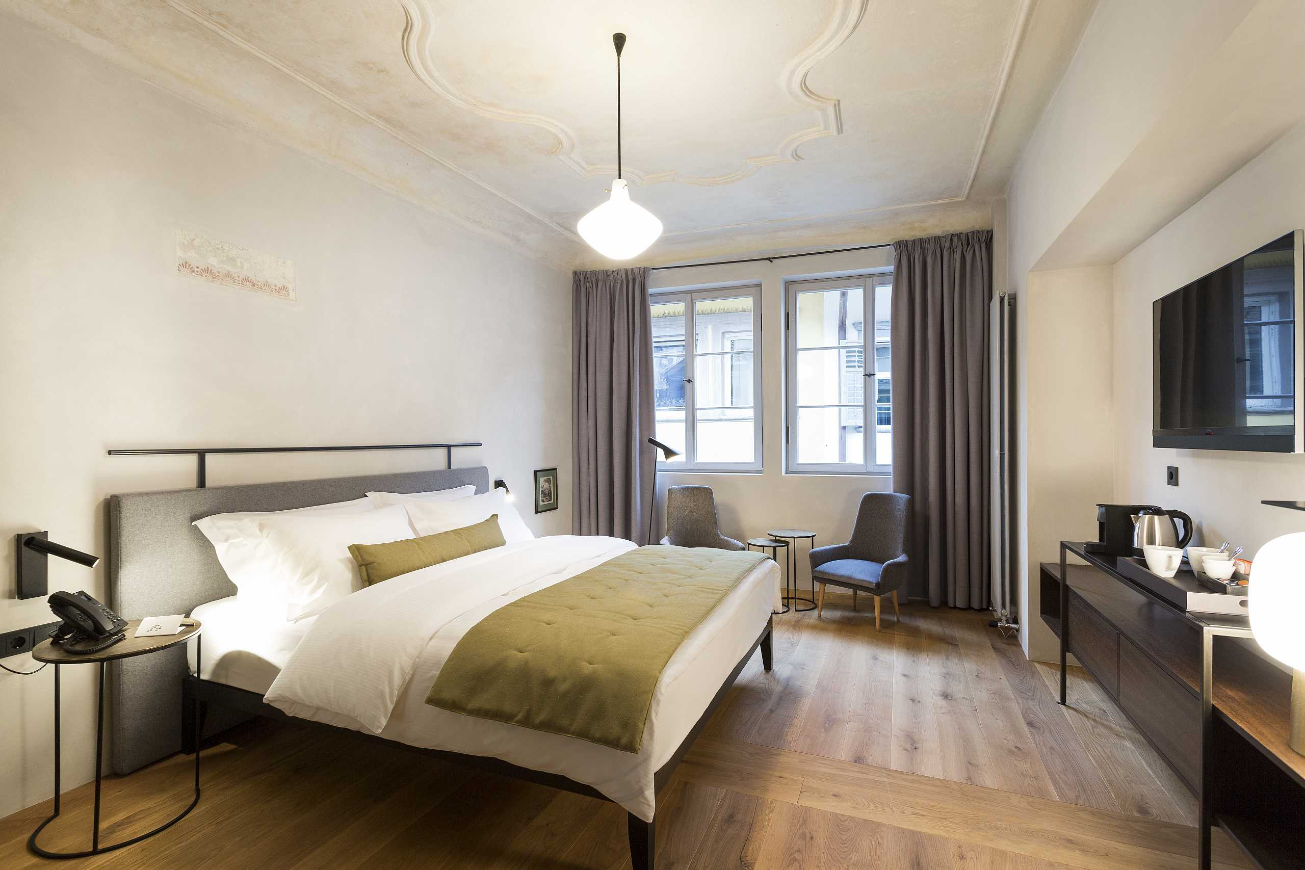 Goldenstern Townhouse, City hotel in Bolzano, Bolzano's old town, City center Bozen/Bolzano, Arcades of Bolzano, South Tyrol, Italy, Sightseeing, Activities, Suites, Apartments, Sense of well-being, De Lafayen